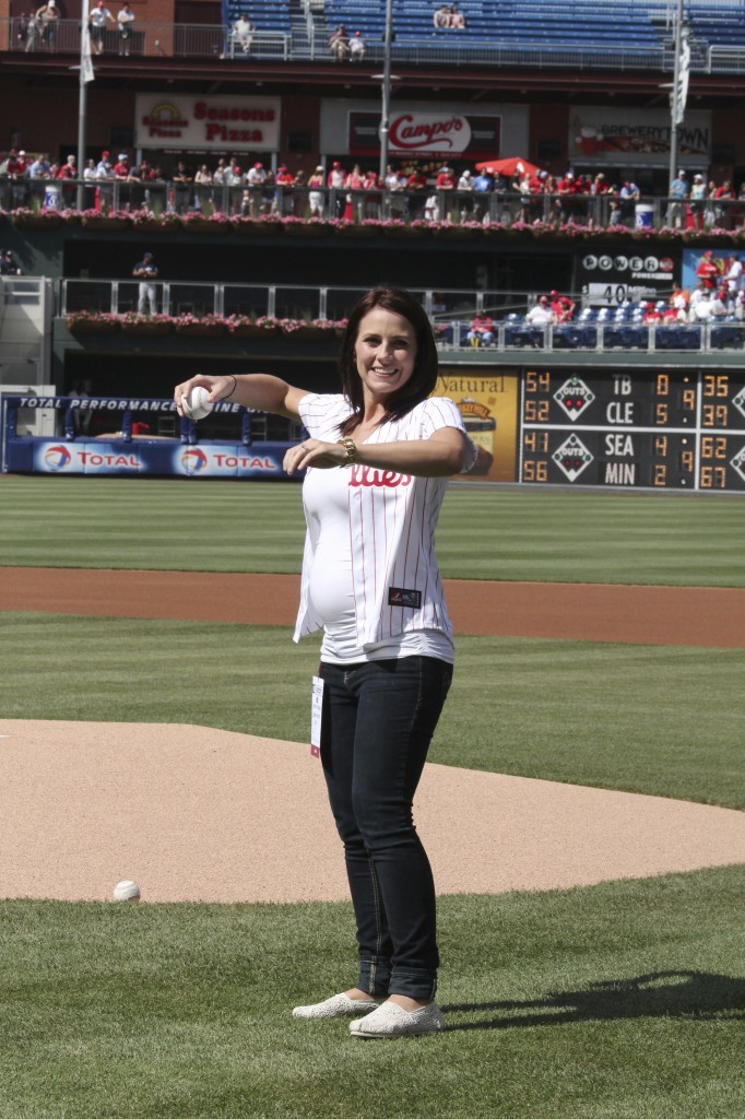 Rachel from Iberostar throwing out the first pitch