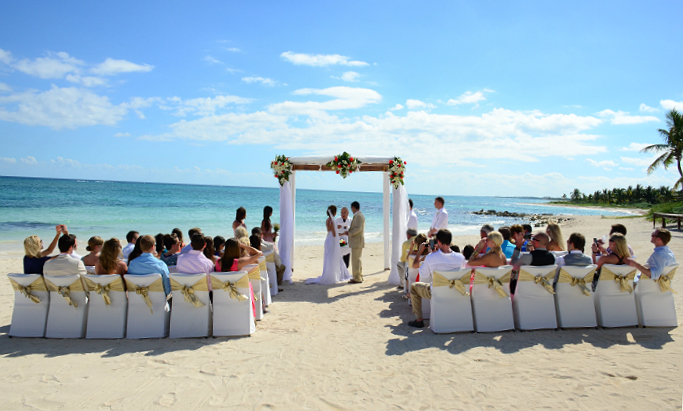 Photo: Antonia-Dustin Wedding, Dreams Tulum